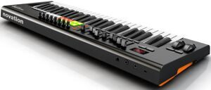 mi-1393936059-novation_launchkey_49_rear